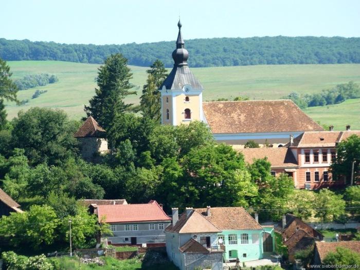 1277036037-kirchenburg