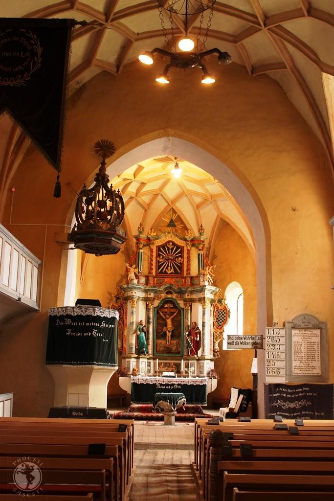 Interiorul bisericii din Valea Viilor. Foto: Mihaela Kloos-Ilea, iunie 2014