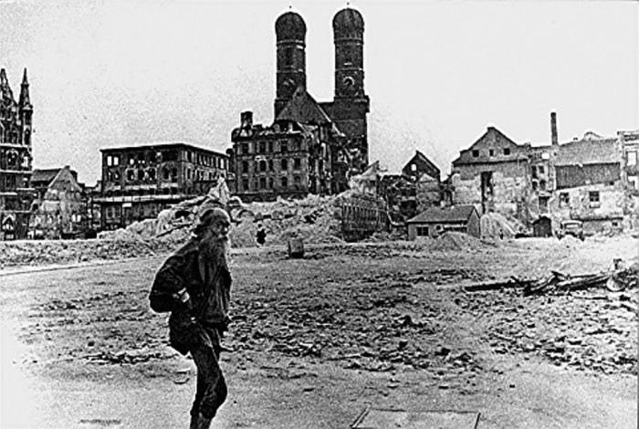 graeser_marienhof_1945