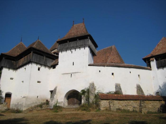Biserica fortificata din Viscri. Foto: carte de vizita, sursa: pagina de Facebook a emisiunii.