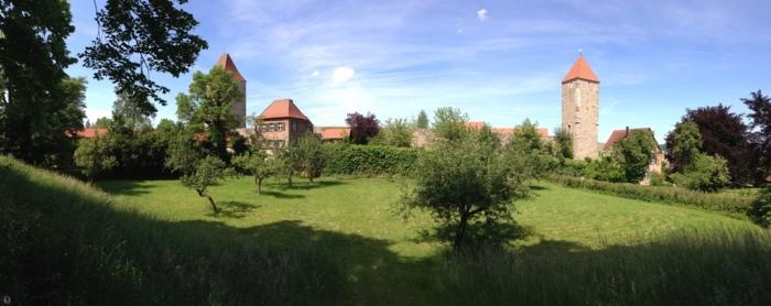 Panoramă a zidurilor cetății, Dinkelsbuehl 2014