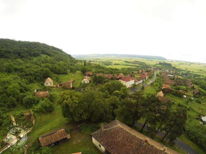 Satul Mesendorf vazut de deasupra bisericii fortificate, iunie 2014, Mihaela Kloos