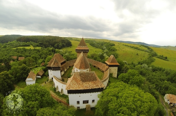Cetatea bisericeasca din Viscri/Weißkirch, fotografia realizata cu drona, iunie 2015. Foto: Mihaela Kloos-Ilea
