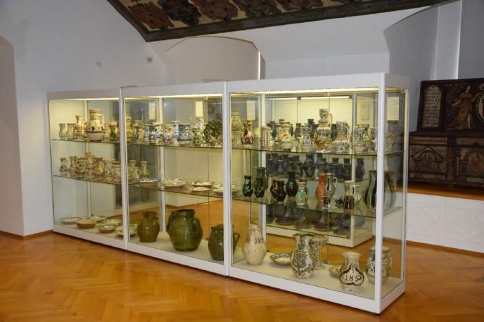 Expoziția de ceramică / Blick in das Schaudepot mit der Keramiksammlung © Siebenbürgisches Museum Gundelsheim